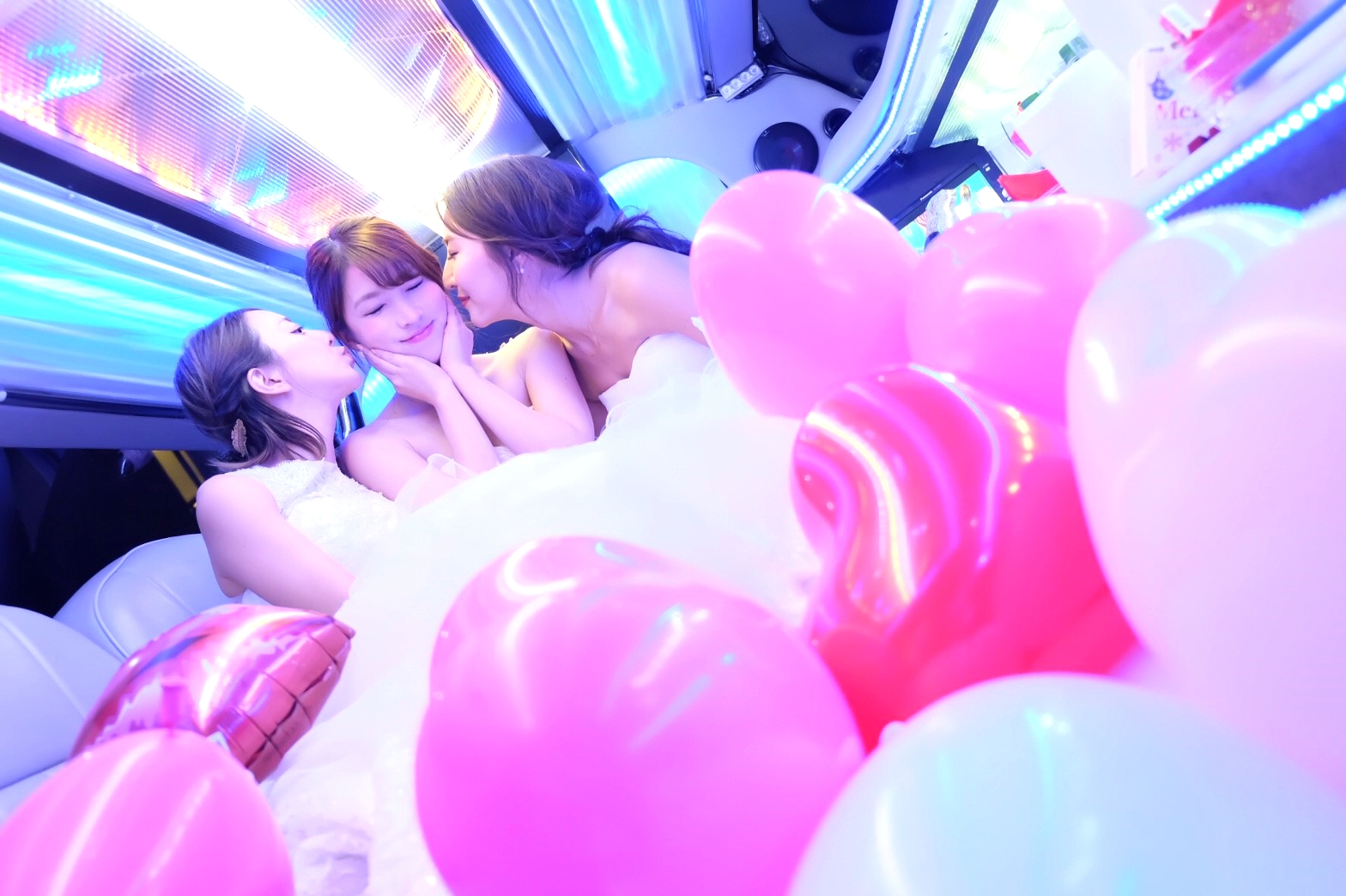 リムジンパーティーウエディングドレス3